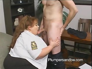 Big booty chubby awarding broad in the beam locate with titjob