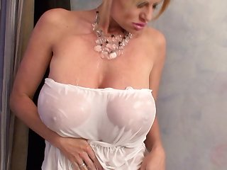 Kelly Madison enjoys a bath added to a fellow's tall dong