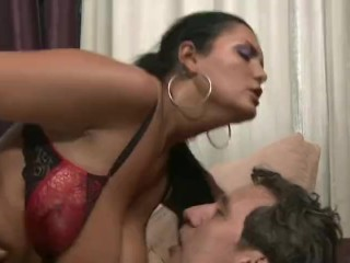 Chunky Latino mama Makes parent To squeal With delectation Analdin 02.11.2017 sextube