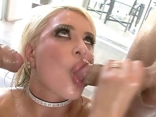 Nice platinum-blonde adores two obese challenge sausage and gets drilled double penetration fashion in lubricated up MFM anal invasion three way porntube