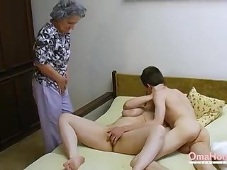 OmaHoteL Senior Three-Way Furry Full-grown Getting Off