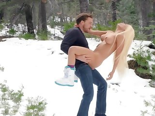 Reverie outdoor winter porn at hand Luna Star